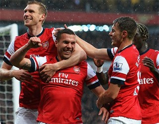 Wigan (h) - Four-midable Santi lifts Arsenal to match point